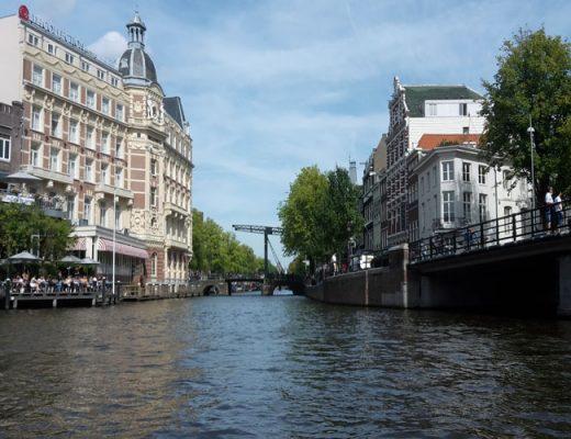 Varen Amsterdamse grachten