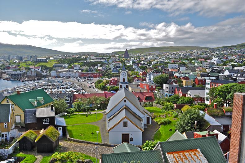 noordelijk gelegen stedentrip Torshavn Faroereilanden